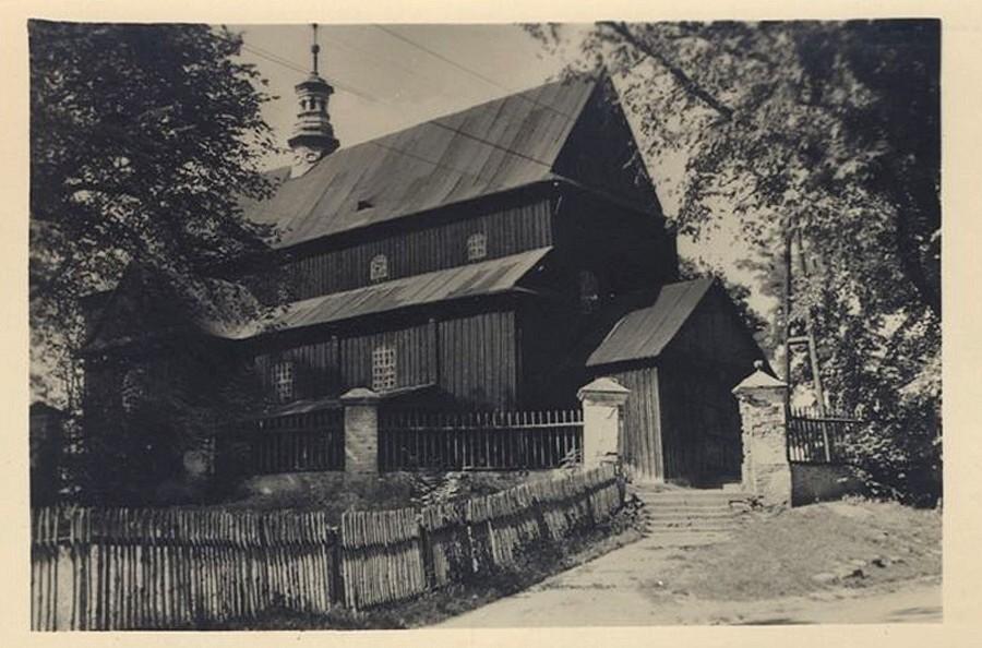 Dąbrowa Tarnowska, kościół wszystkich świętych