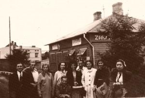13. Pelcowizna 1938 - zakład p.Baera ojca aktora Bogdana2